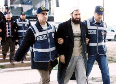 turkish-police-detain-five-released-hizbullah-members-2011-01-18_l